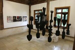 Ausstellung mit Skulpturen von Jo Winter